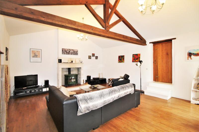 French property for sale in Bouteilles-Saint-Sébastien, Dordogne - €174,000 - photo 5