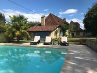 Jolie maison en pierre de 3 chambres avec piscine chauffée dans un hameau authentique du Périgord Noir