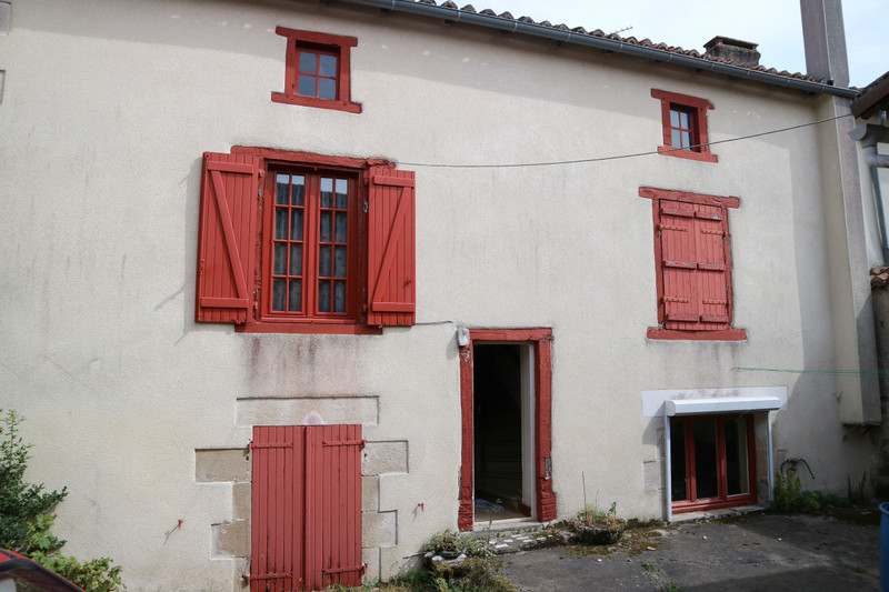 French property for sale in Adriers, Vienne - €59,600 - photo 9