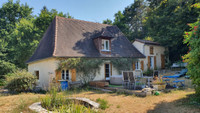 French property, houses and homes for sale inSaint-Pierre-de-ChignacDordogne Aquitaine