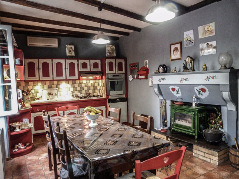 French property for sale in Mansle, Charente - €278,200 - photo 4