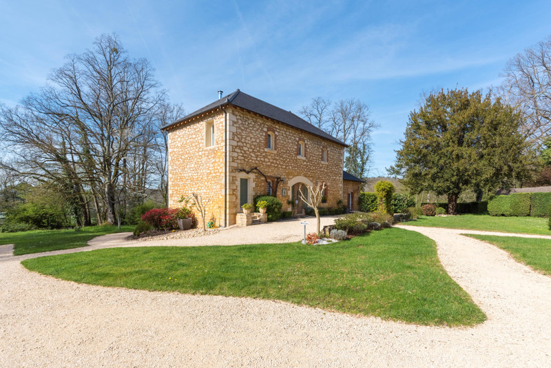 Chateau à vendre à Saint-Cybranet, Dordogne - 1 930 000 € - photo 4
