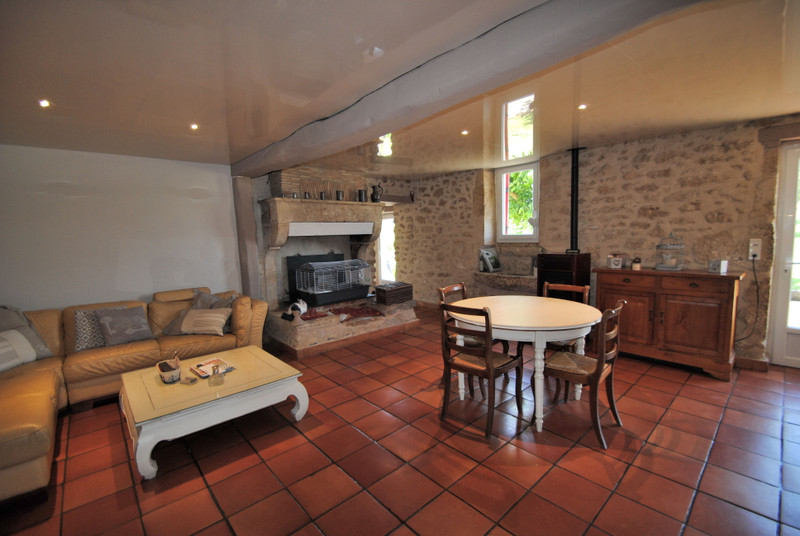 French property for sale in Doulezon, Gironde - €1,627,500 - photo 7