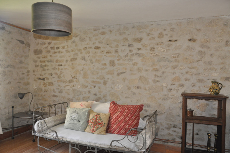 French property for sale in Saint-Dizier-Leyrenne, Creuse - €75,000 - photo 2