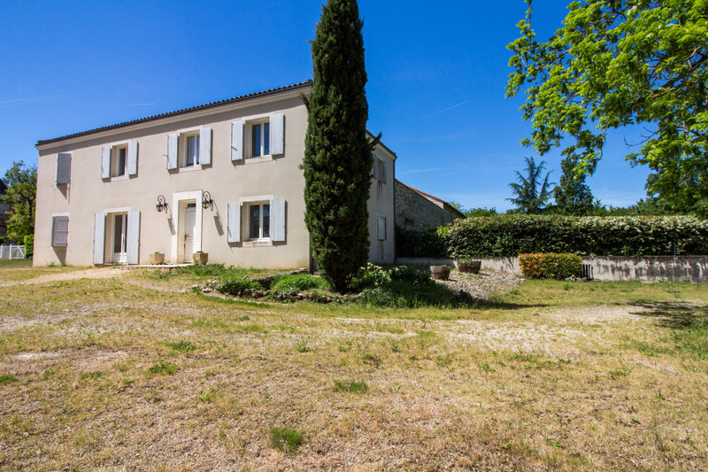French property for sale in Fléac, Charente - €1,365,000 - photo 8