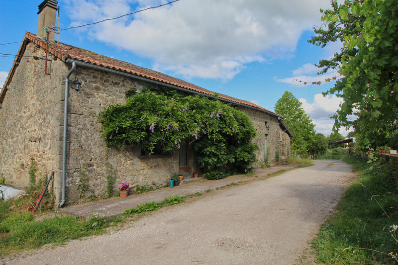 French property for sale in Champs-Romain, Dordogne - €524,700 - photo 2