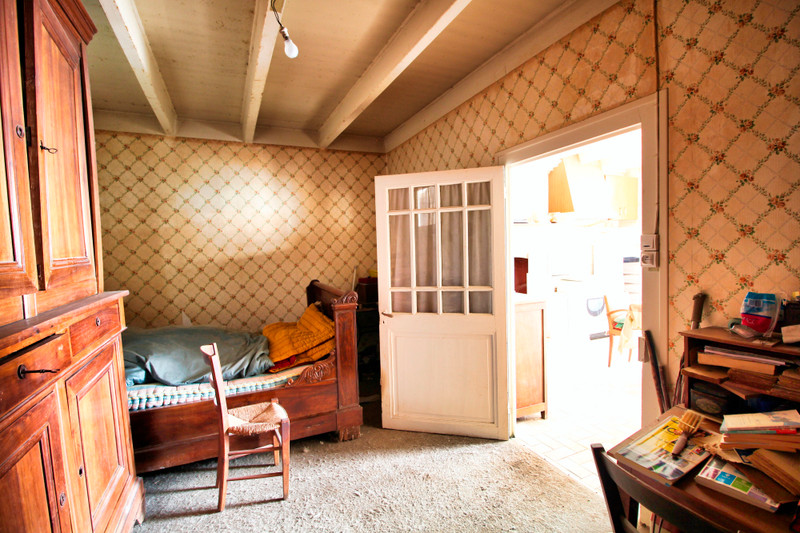 French property for sale in Rouillac, Charente - €45,000 - photo 5