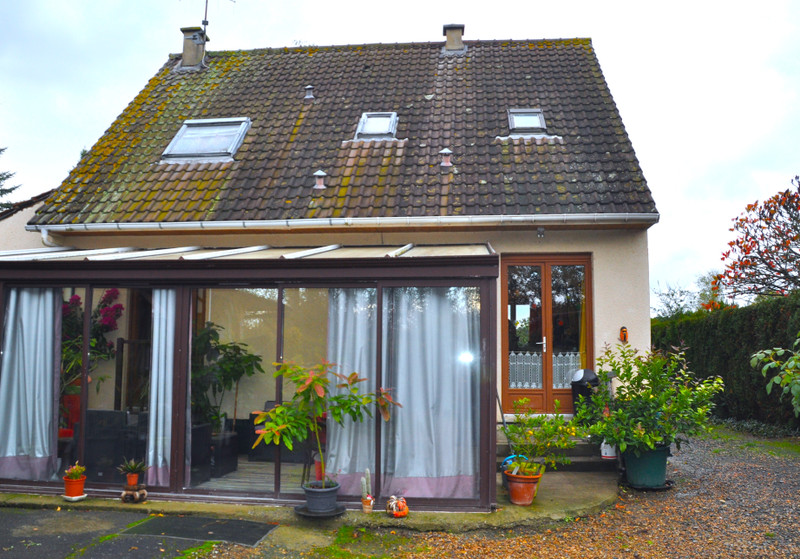 French property for sale in La Chapelle-aux-Choux, Sarthe - €194,400 - photo 3