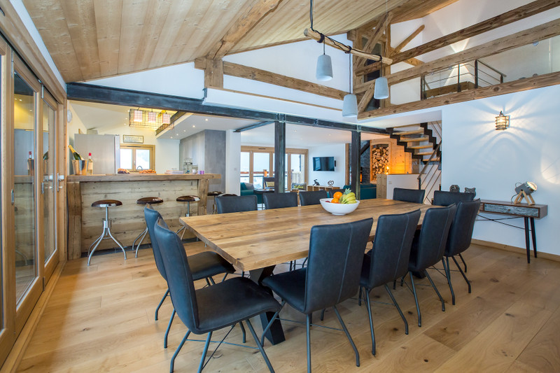 French property for sale in Morzine, Haute-Savoie - €1,950,000 - photo 4