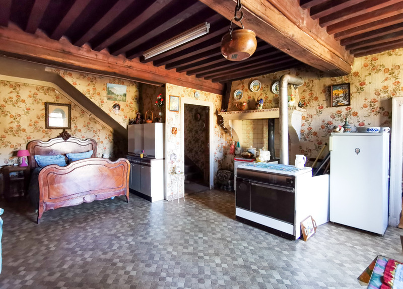 French property for sale in Autun, Saône-et-Loire - €73,150 - photo 4