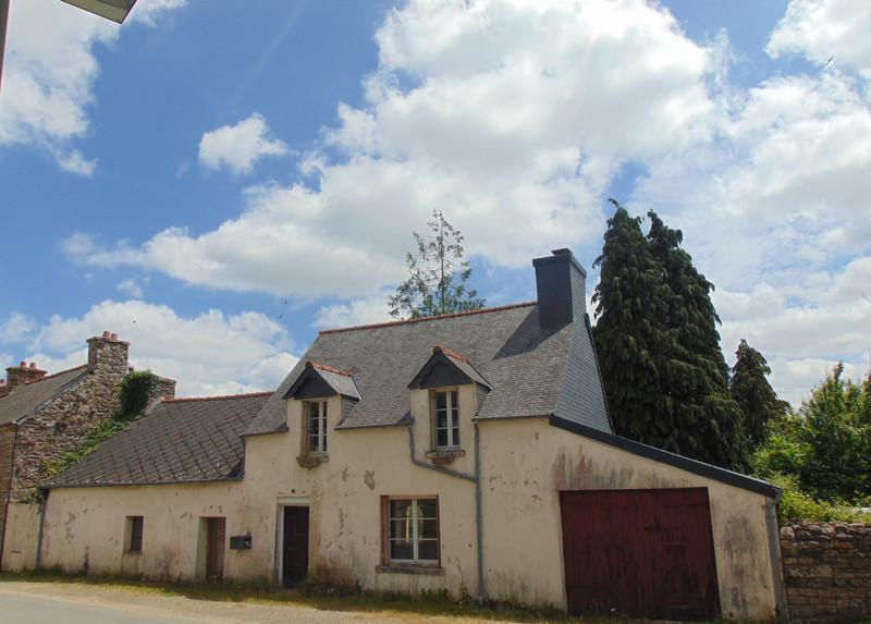 French property for sale in Saint-Gilles-Pligeaux, Côtes-d'Armor - €68,600 - photo 2