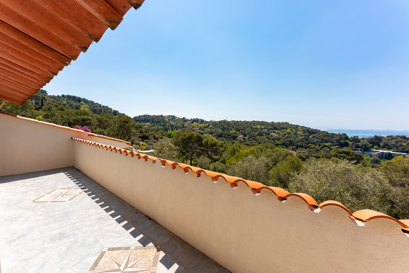 French property for sale in Nice, Alpes-Maritimes - €985,000 - photo 8