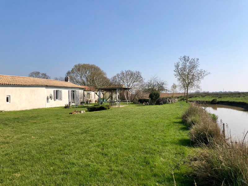 French property for sale in Beaugeay, Charente Maritime - €278,200 - photo 4