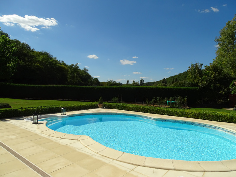 French property for sale in Montignac, Dordogne - €369,000 - photo 3