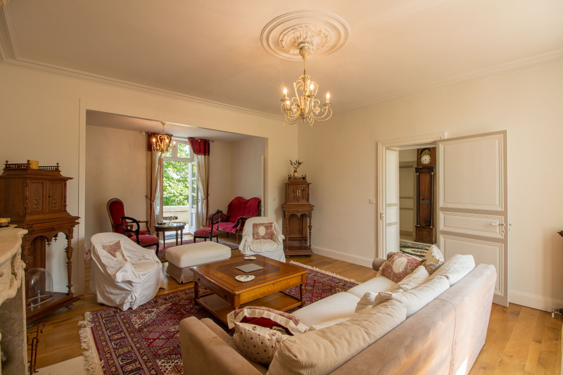 French property for sale in Angoulême, Charente - €572,250 - photo 5