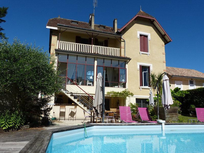 French property for sale in Sainte-Foy-la-Grande, Gironde - €371,000 - photo 2