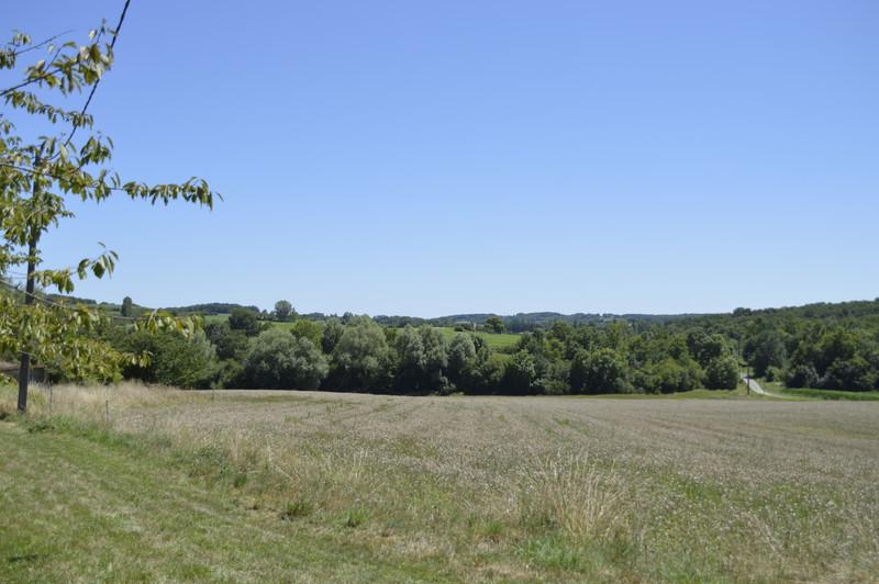 French property for sale in Lauzun, Lot-et-Garonne - €149,950 - photo 2