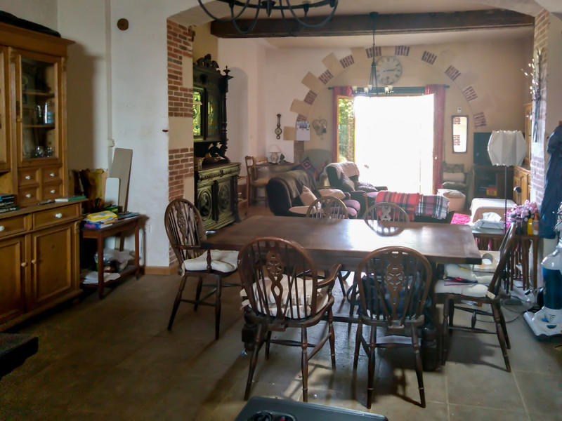 French property for sale in Vernoux-en-Gâtine, Deux Sevres - €236,470 - photo 5