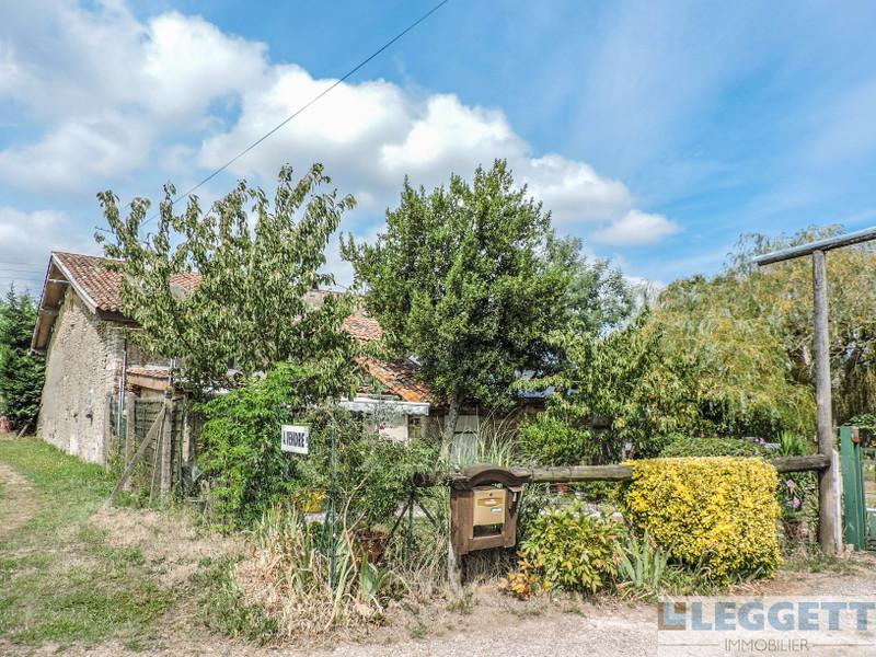 French property for sale in La Chapelle-Bâton, Vienne - €99,000 - photo 10