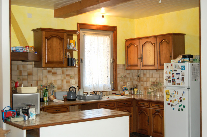 French property for sale in Lalinde, Dordogne - €185,000 - photo 4