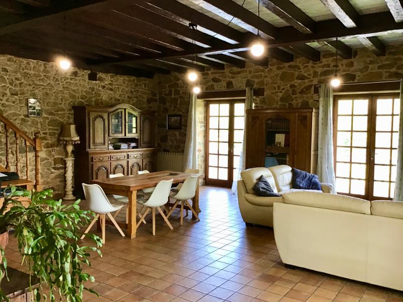 French property for sale in Saint-Yrieix-la-Perche, Haute-Vienne - €932,800 - photo 3