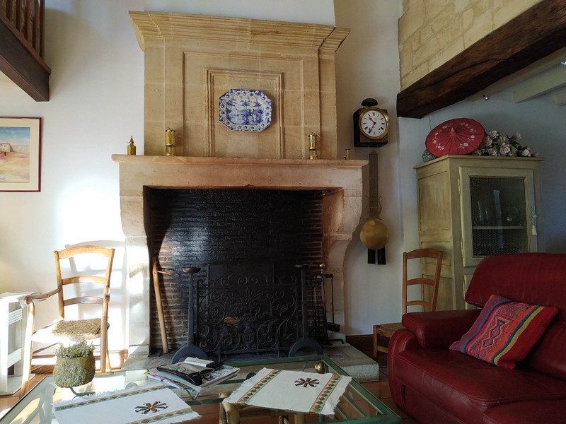 French property for sale in Coutras, Gironde - €360,400 - photo 7