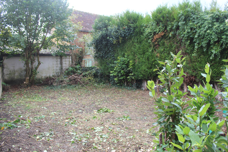 French property for sale in Mauves-sur-Huisne, Orne - €36,000 - photo 3