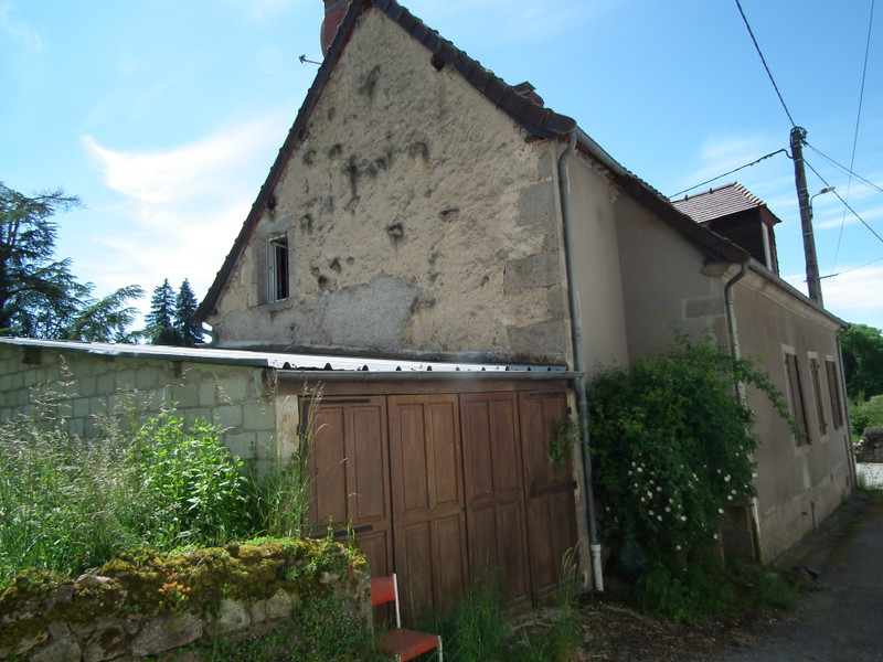 French property for sale in Aubusson, Creuse - €104,500 - photo 4