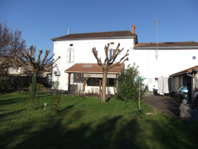 French property for sale in Neuvic, Dordogne - €172,800 - photo 3