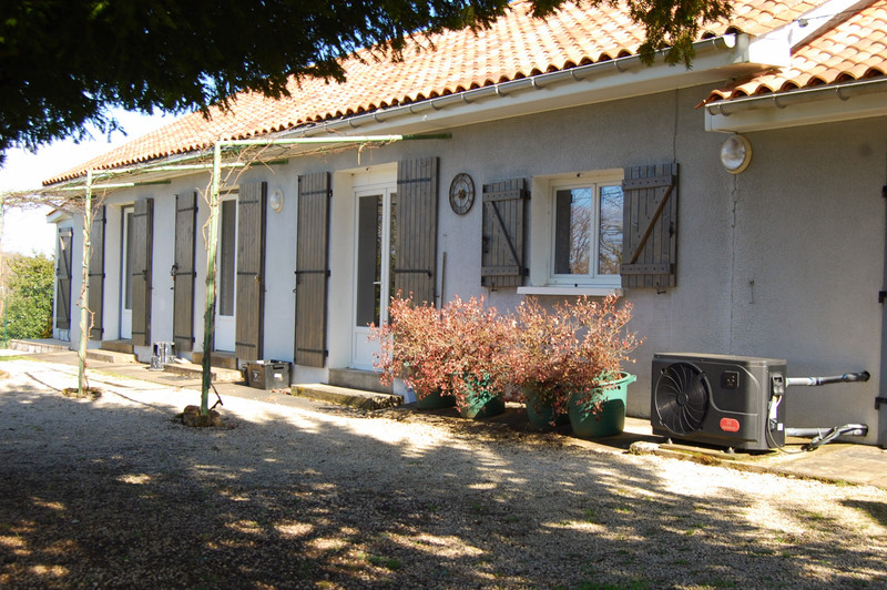 French property for sale in Bergerac, Dordogne - €214,000 - photo 2