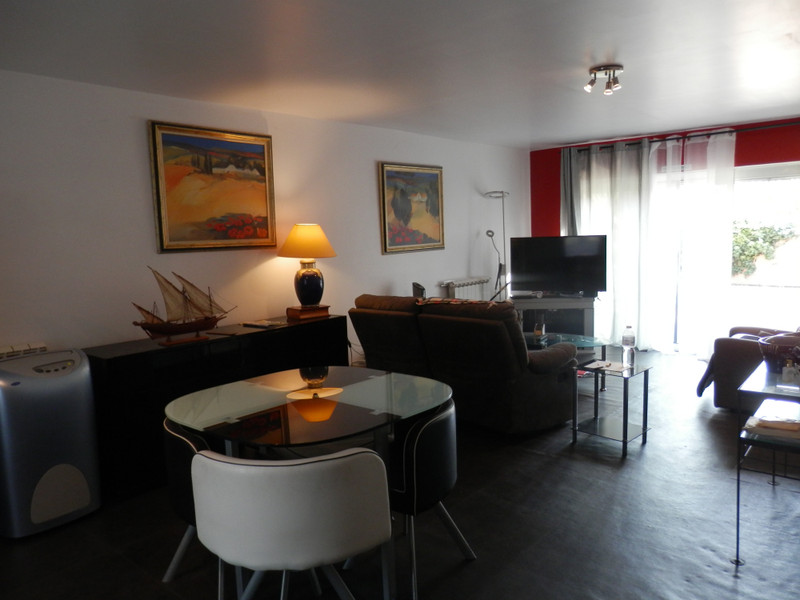 French property for sale in Ginestas, Aude - €295,000 - photo 6