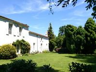 maison à vendre à Dœuil-sur-le-Mignon, Charente-Maritime, Poitou_Charentes, avec Leggett Immobilier