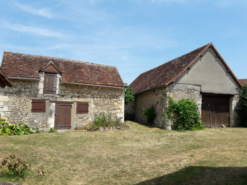 French property for sale in Angles-sur-l'Anglin, Vienne - €109,000 - photo 2