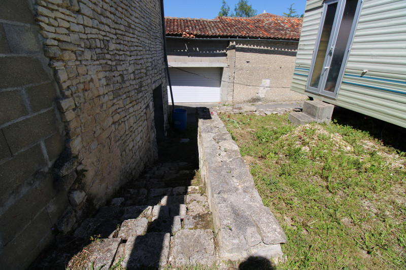 French property for sale in Anais, Charente - €36,600 - photo 9
