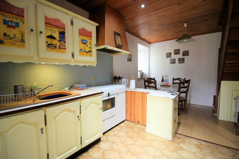 French property for sale in Caurel, Côtes-d'Armor - €128,620 - photo 2