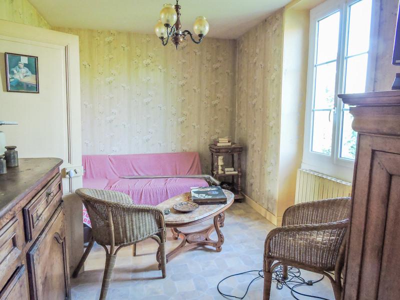French property for sale in Peyrignac, Dordogne - €310,000 - photo 3
