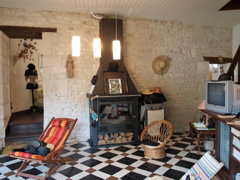 Maison à vendre à Valence-en-Poitou, Vienne - 137 340 € - photo 7