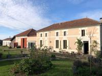 French property, houses and homes for sale inSaint-Bonnet-sur-GirondeCharente_Maritime Poitou_Charentes