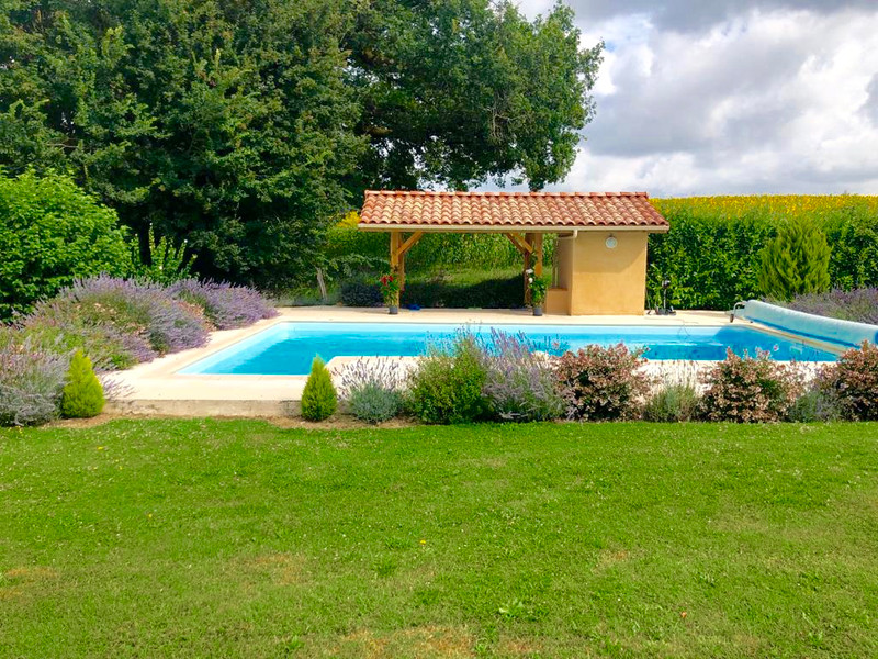 French property for sale in Laperche, Lot-et-Garonne - €775,000 - photo 3