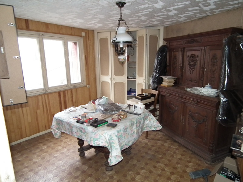 French property for sale in Auzances, Creuse - €31,600 - photo 5