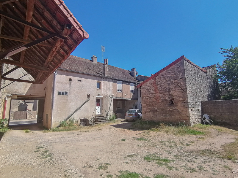 French property for sale in Sennecey-le-Grand, Saône-et-Loire - €277,000 - photo 2