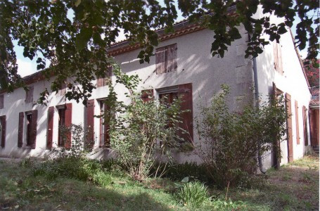 French property for sale in Aiguillon, Lot-et-Garonne - €240,000 - photo 1