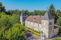 chateau for sale in SablonsGironde Aquitaine