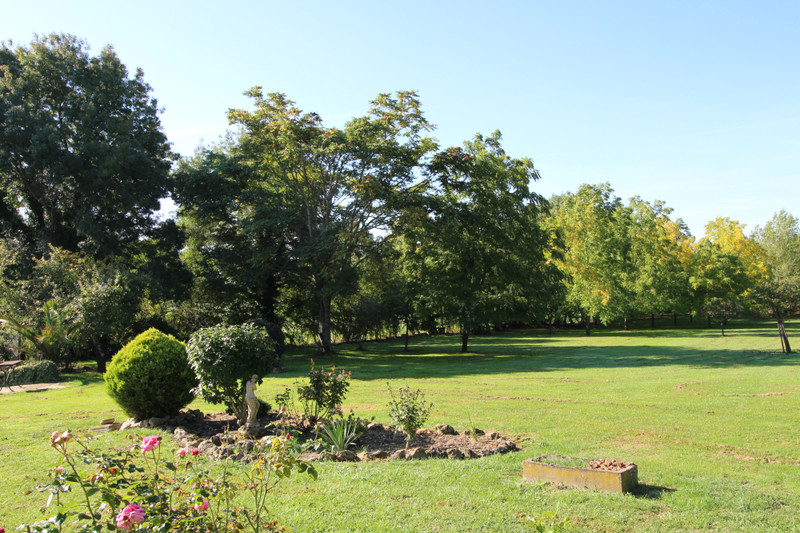 French property for sale in Néré, Charente Maritime - €225,000 - photo 10