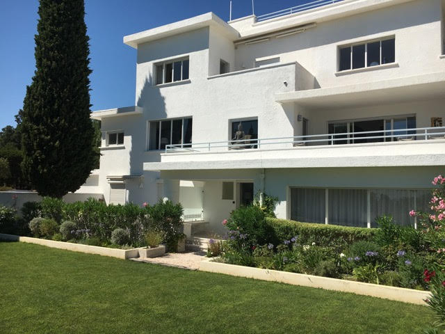 French property for sale in Sainte-Maxime, Var - €6,750,000 - photo 3