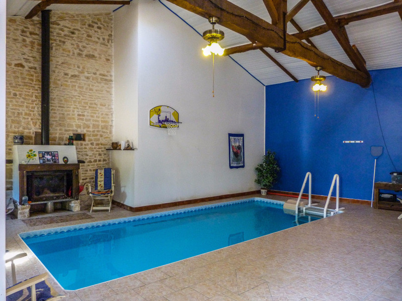 French property for sale in Mansle, Charente - €278,200 - photo 8