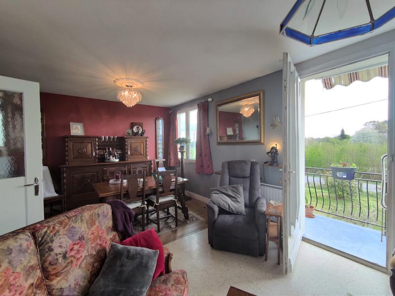 French property for sale in Le Ménil-de-Briouze, Orne - €139,500 - photo 4