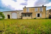 houses and homes for sale inLongréCharente Poitou_Charentes