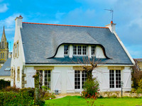 French property, houses and homes for sale inSaint-Jean-BrévelayMorbihan Brittany