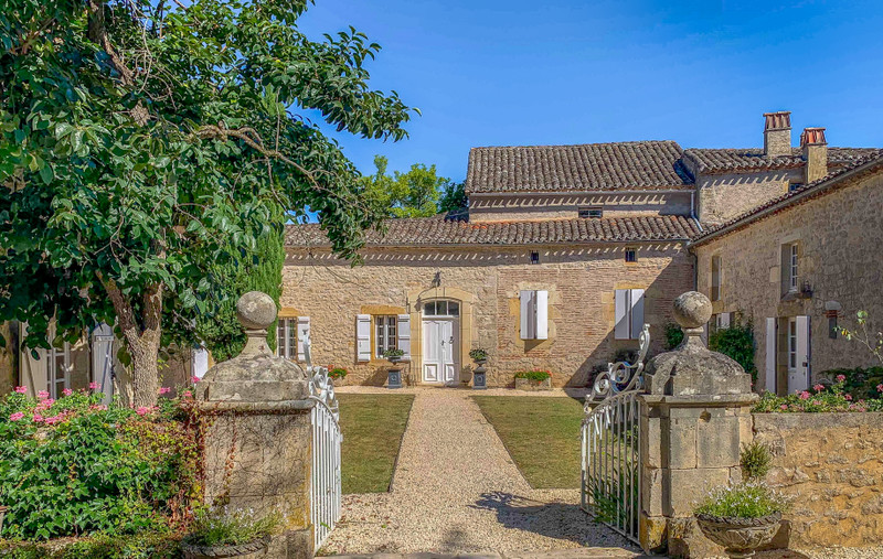 French property for sale in Vire-sur-Lot, Lot - €975,000 - photo 4